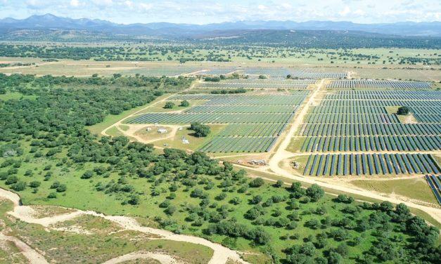 Repsol begins to generate power at Valdesolar