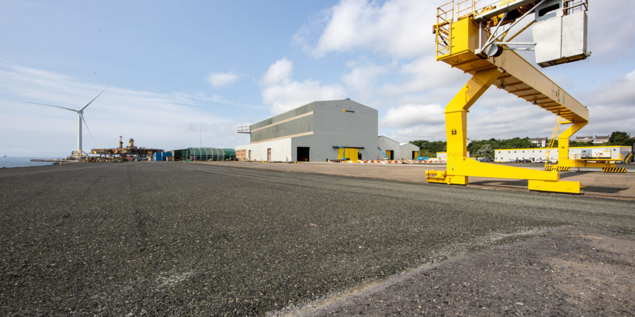 Harland & Wolff signs MoU with Navantia & Windar Renovables
